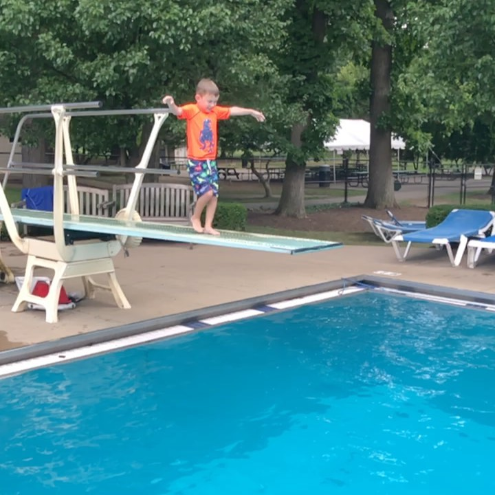 We have graduated to the diving board!🥇